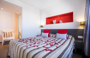 Migjorn Ibiza Suites & Spa (15 of 154)