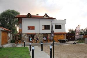 Dragushinovo Boutique Chalet Hotel