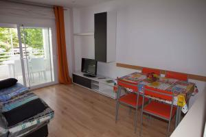 Costa Dorada Apartments, Apartmány  Salou - big - 73