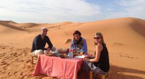 Camel Bivouac Merzouga, Luxury tents  Merzouga - big - 62