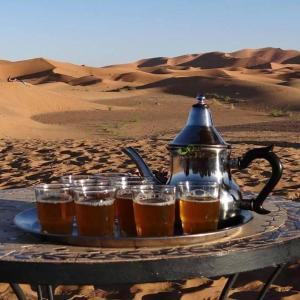 Camel Bivouac Merzouga, Luxury tents  Merzouga - big - 27