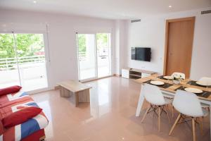 Costa Dorada Apartments, Apartmány  Salou - big - 27