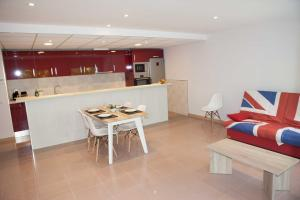 Costa Dorada Apartments, Apartmány  Salou - big - 51
