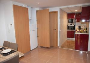 Costa Dorada Apartments, Apartmány  Salou - big - 37