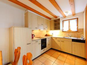 Apartment Aphrodite.1, Apartments  Grindelwald - big - 12