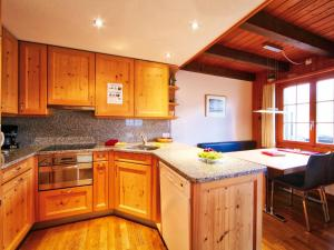 Apartment Chalet Judith, Appartamenti  Grindelwald - big - 10