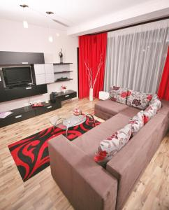 Twins Apart Hotel, Aparthotely  Brašov - big - 48