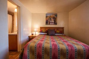 San Ildefonso Queen Suite