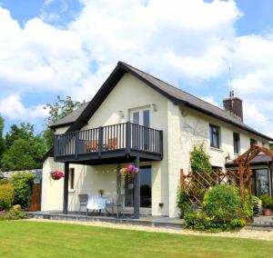 Stones Throw B&B, Bed and Breakfasts  Llandissilio - big - 20