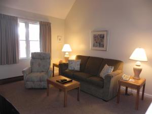 Two Bedroom Townhouse Suite