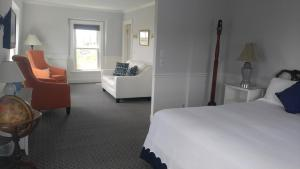 King Room with Sea View 05