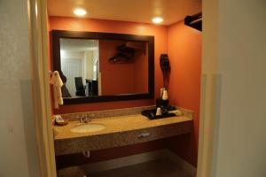 Budget Inn - Washington, Motel  Washington - big - 29
