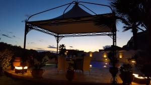 La Suite del Faro, Bed & Breakfast  Scalea - big - 40