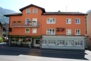 Hotel Cafe Lorenz - Hotels