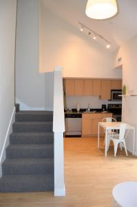 Apartment - Split Level
