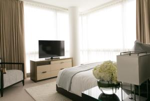 Hudson Square One-Bedroom Suite