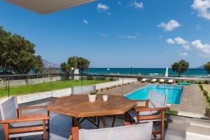 Niovi Seaside Suites, Apartmány  Kissamos - big - 1