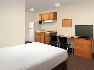 One Double Bed Suite