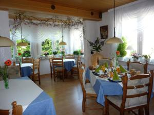 Pension Rheingold Garni, Guest houses  Bad Grund - big - 39