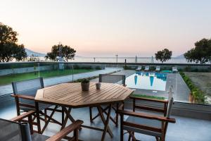 Niovi Seaside Suites, Apartmány  Kissamos - big - 11
