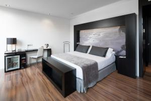 Deluxe Double Room with Terrace and Private Pool