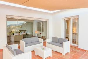 Stunning Villa with Mountain Views - Los Campitos, Villák  Estepona - big - 12