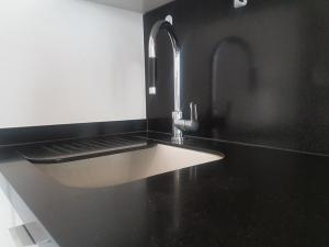 N2N Suites - Downtown City Suite, Apartmány  Toronto - big - 8
