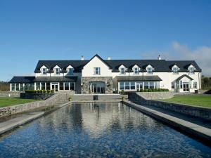 Photo of Westport Country Lodge Hotel