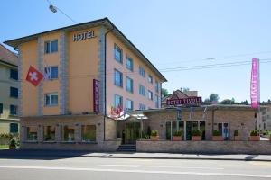 Photo of Hotel Tivoli