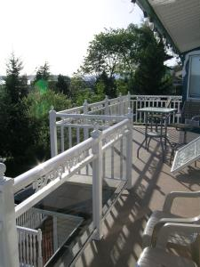 Ocean Breeze Executive Bed and Breakfast, Bed and Breakfasts  North Vancouver - big - 25
