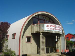 Alpine Backpackers