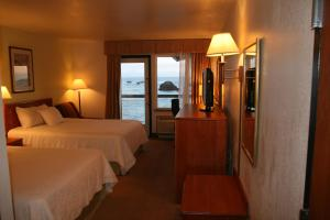 Classic Double Room with Balcony and Ocean View