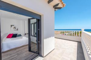 Bennecke Lone, Villas  Torrevieja - big - 29