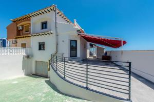 Bennecke Lone, Villas  Torrevieja - big - 30