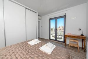 Bennecke Lone, Villas  Torrevieja - big - 22