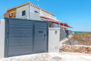 Bennecke Lone, Villas  Torrevieja - big - 39