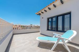Bennecke Lone, Villas  Torrevieja - big - 16