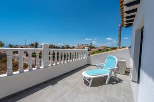 Bennecke Lone, Villas  Torrevieja - big - 51