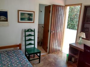 Suite with 2 Single Beds and Private Bathroom