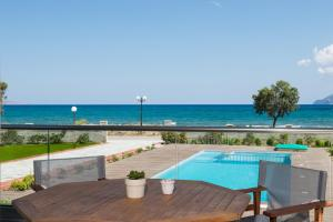 Niovi Seaside Suites, Apartmány  Kissamos - big - 57