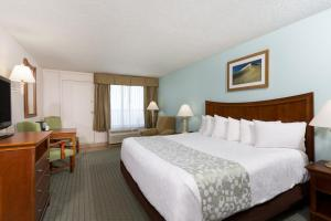 King Room with Ocean View - Disability Access