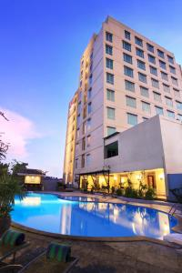 Photo of Swiss Belhotel Maleosan Manado