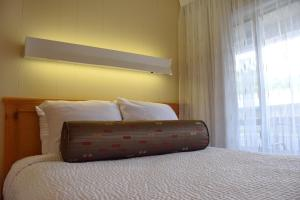 Center Room with Queen and Double Bed