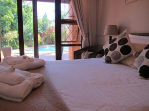 Double Room with Pool View 1