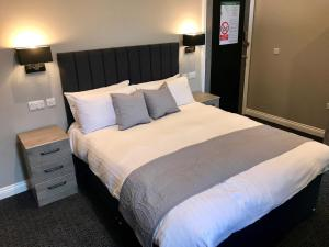 The Raven Hotel, Hotels  Corby - big - 17