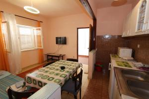 Apartments Antoneta, Apartmanok  Makarska - big - 46