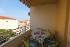 Apartments Antoneta, Apartmanok  Makarska - big - 17