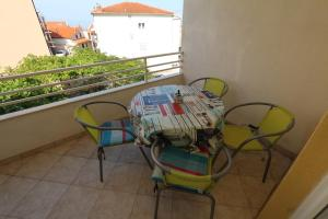 Apartments Antoneta, Apartmanok  Makarska - big - 16