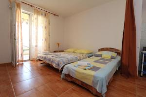 Apartments Antoneta, Apartmanok  Makarska - big - 13