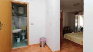 Apartments Antoneta, Apartmanok  Makarska - big - 59